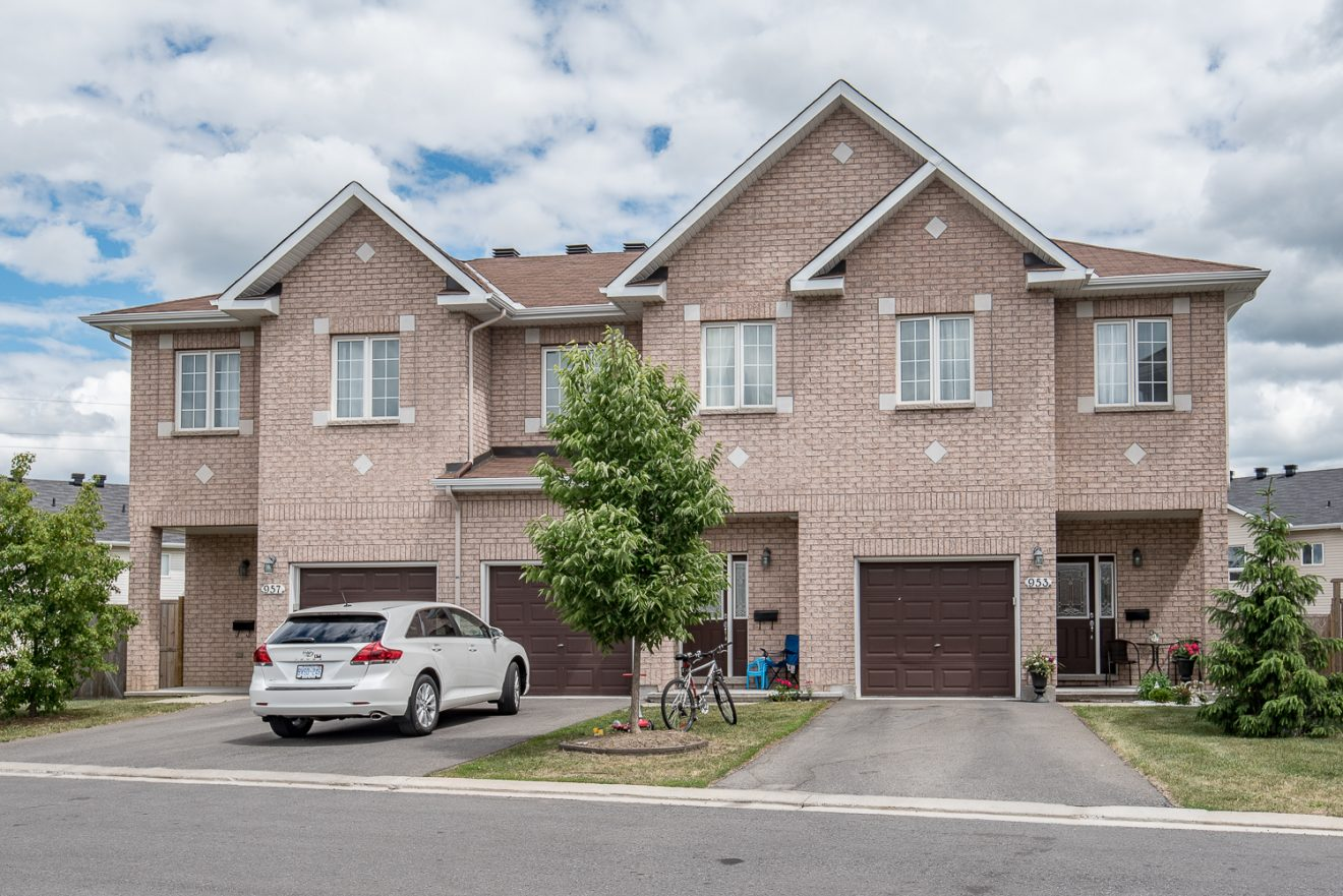 rental wait list 3 bedroom townhomes ottawa gloucester campanale